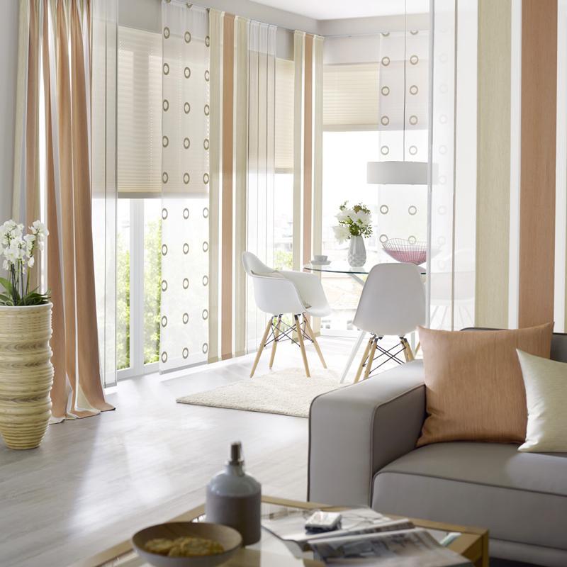 rollo und gardine kombinieren fabulous die kombinieren stimmung und der gardinen mit dem. Black Bedroom Furniture Sets. Home Design Ideas